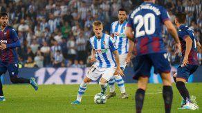 Sevilla y Real Sociedad no siguen el ritmo del líder Barca