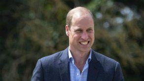 El príncipe Guillermo recurre al fútbol para desconectar de las preocupaciones