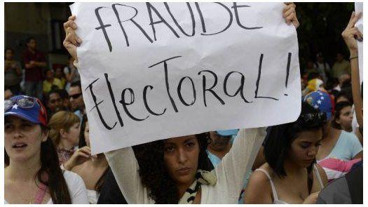 Oposición venezolana impugna resultados electorales en clima de tensión
