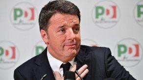 Renuncia líder de partido italiano tras derrota electoral