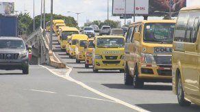 Transportistas colegiales piden subsidio o que se les permita laborar como transporte selectivo
