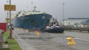 Nuevo hito en Canal Ampliado tras tránsito de buque con GNL