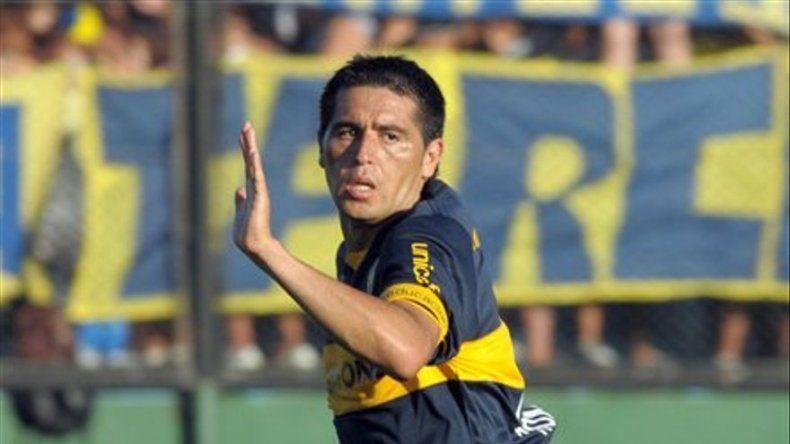 Boca resucita con Riquelme y es líder con San Lorenzo