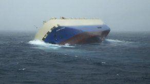 AMP sigue la pista de buque panameño a la deriva en Francia