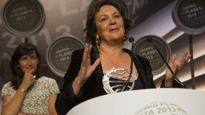 Clara Sánchez confiesa que le provoca rabia la corrupción y el engaño