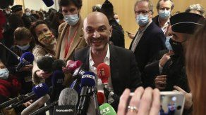 Condenas por ataques contra Charlie Hebdo y mercado en París