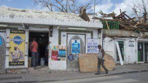 Habitantes de Barbuda podrán regresar a su isla