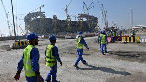 Organización de Catar-2022 recortará gastos reduciendo personal