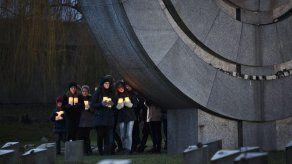 República Checa recuerda el Holocausto en el campo de Terezin