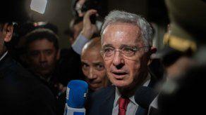 Uribe espera su vuelta a la libertad y la continuidad del proceso judicial