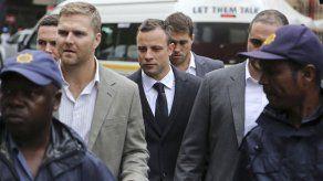 Pistorius llamó él mismo a la ambulancia tras matar a su novia