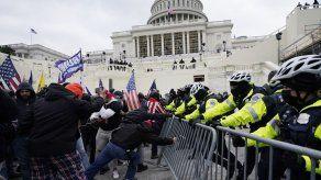 EEUU: Consideran cargos de sedición por invasión de Congreso
