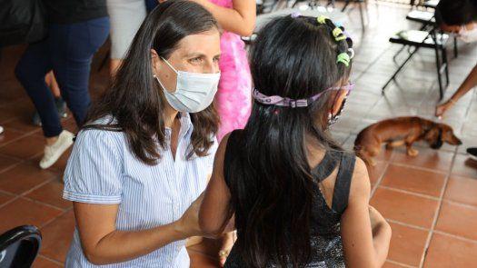 La directora de la Senniaf, Graciela Mauad ha visitado diferentes centros de protección para conocer su desarrollo.