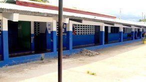 Molinar considera buena idea mantenimiento de escuelas por juntas comunales pero con vigilancia