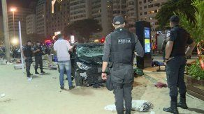 Accidente de auto en paseo de Rio deja un bebé muerto y 17 heridos