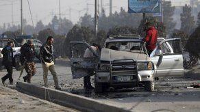 Dos muertos en Kabul en ataques con bombas en vehículos