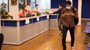 Mitradel extiende los permisos de trabajo para extranjeros