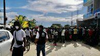 Según las autoridades migratorias de Colombia, diariamente llegan a Necoclí un poco más de 600 ciudadanos extranjeros pero estos dejan el lugar al día siguiente.