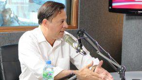 Varela reacciona ante calificativo cantalante en contra de su esposa
