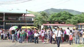 Tres colegios más en Panamá Oeste suspenden clases para evitar influenza