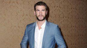 Liam Hemsworth se sintió un inadaptado en el instituto