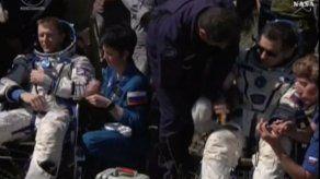 Regresan a tierra tres tripulantes de la estación espacial
