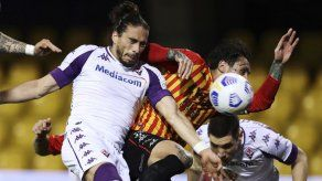 Sassuolo vence a Verona 3-2 en la Serie A italiana