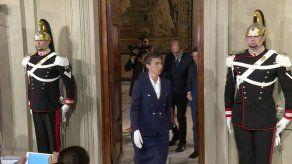 Italia: presidente cita a un economista en crisis política