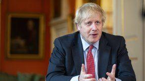 Boris Johnson habló sobre los confinamientos.