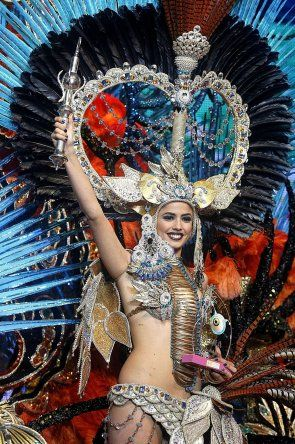 Candidatas a Reina del Carnaval de Santa Cruz, España