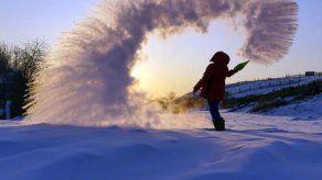 Rusos toman las redes sociales para celebrar inusual frío