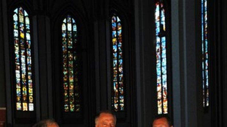 Rusia devuelve vitrales saqueados a iglesia alemana