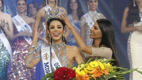 Universitaria Thalia Olvino es coronada Miss Venezuela