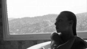 Ester Expósito sube la temperatura en Instagram con un desnudo integral