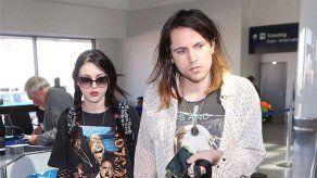 El marido de Frances Bean Cobain le pide 25.000 dólares mensuales de manutención