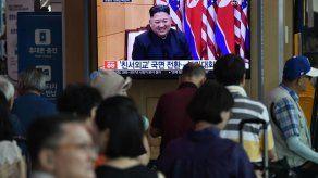 Corea del Norte dice que la desnuclearización está fuera de la mesa de negociación con EEUU