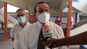 Rector de UP defiende una sola reelección