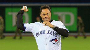 MLB despide a Alomar por conducta sexual inapropiada