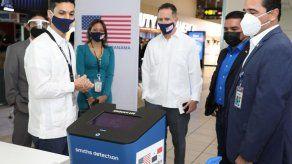 Embajada de EEUU en Panamá entregó a Aeronáutica Civil 5 detectores de rastros de explosivos