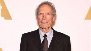 Clint Eastwood acusa a sus compatriotas de ser unas nenazas