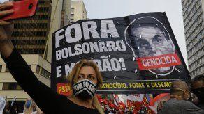 Durante semanas, Bolsonaro ha puesto en duda el sistema de votación electrónica que se utiliza desde 1996 al aseverar que el fraude ha empañado los comicios, como en los que participó en 2018.