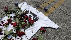 Jurado apela orden mordaza en caso Michael Brown en Ferguson