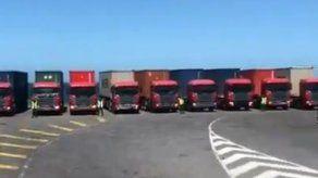 Gobierno venezolano envía caravanas con miles de cajas de alimento a Colombia