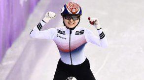 Corea del Sur gana el oro en relevos 3.000 m short-track femenino