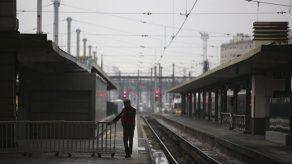 Huelga por reforma de jubilaciones para Francia por 2do día