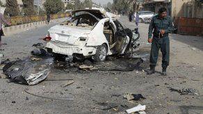 Suicida con coche bomba en Kabul: tres muertos y 4 heridos