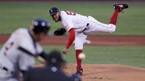 Martínez y Rodríguez llevan a Boston a triunfo sobre Tigres