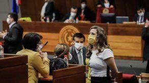 Retiran fuero a dos diputados paraguayos por violar cuarentena por el COVID-19