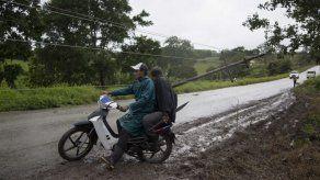 México: 18 muertos por huracán Earl; se forma Javier