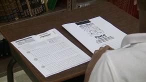Alumnos de 22 escuelas finalistas realizan prueba del concurso Excelencia Educativa